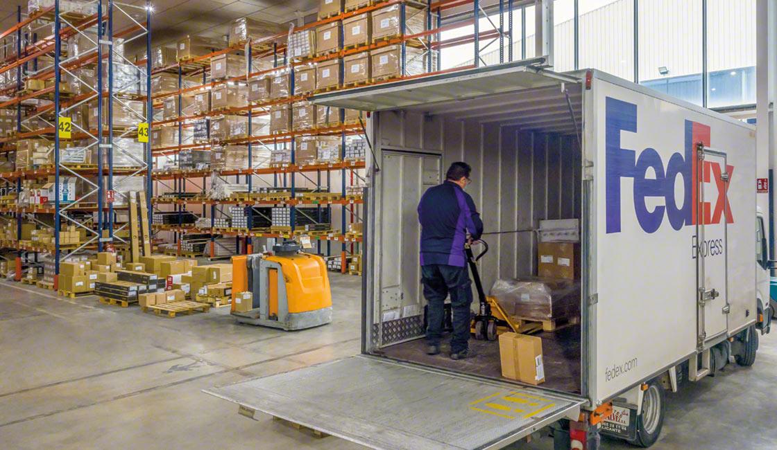 Una buena disposición y organización del almacén repercute positivamente sobre todas las operativas