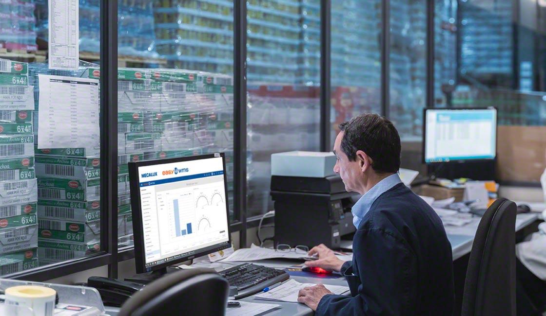 La funcionalidad avanzada de Easy WMS Supply Chain Analytics Software permite recopilar distintos KPI de inventario