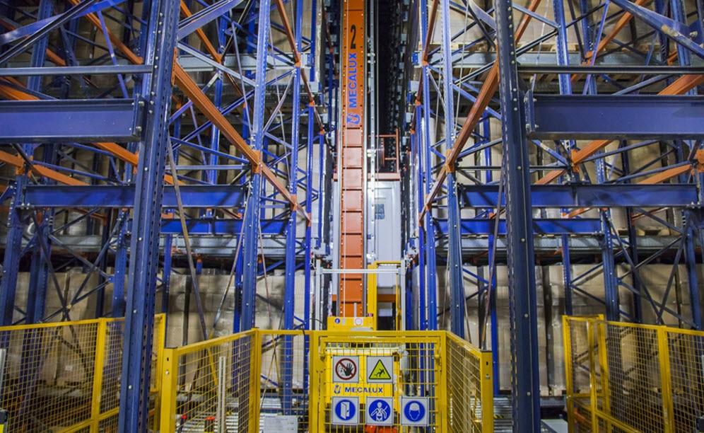 El almacén inteligente de Bem Brasil equipado con el sistema Pallet Shuttle con transelevadores