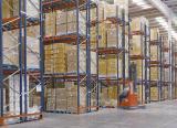 Dos sistemas de almacenaje en el centro de distribución de Eurofred