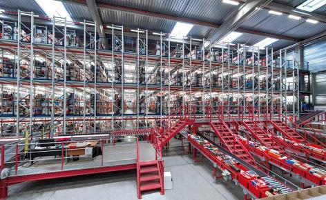 Spartoo agiliza la operativa de su e-commerce con un completo circuito de transportadores