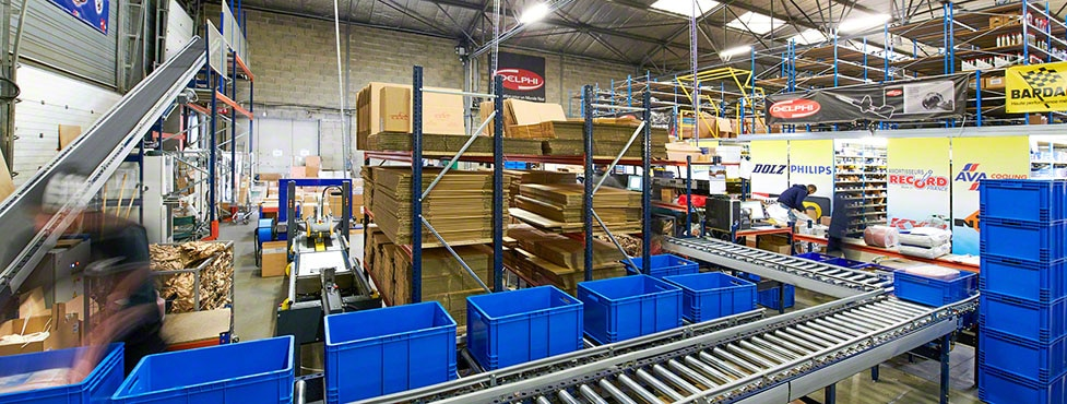 C.D.A.L.: Transporte automático entre el almacén y expediciones